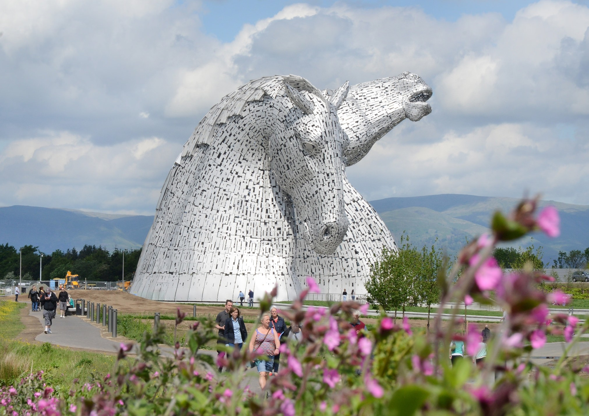 Visit the Kelpies - only a 10 minute drive!